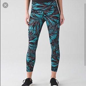 Lululemon luxtreme palm lace legging